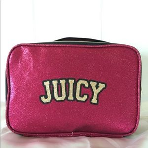 NWT JUICY COUTURE TRAVEL CASE W/BRUSH POCKETS